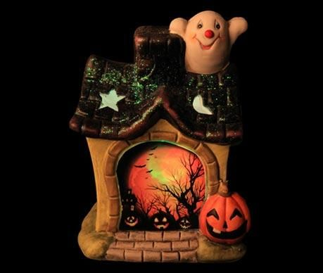 Decoratiune Ghost House