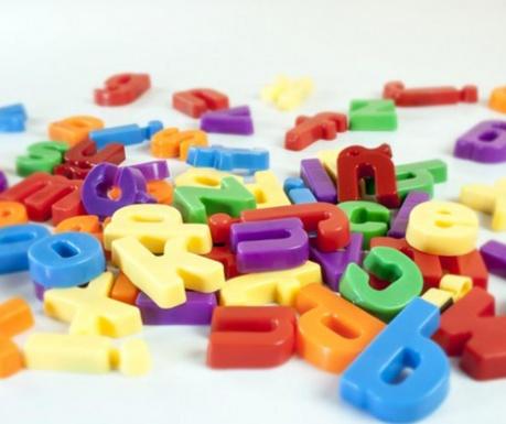 Set 66 litere magnetice Colorful