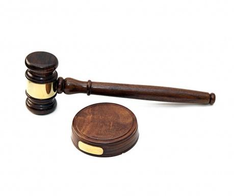 Se čekić i stalak Judge