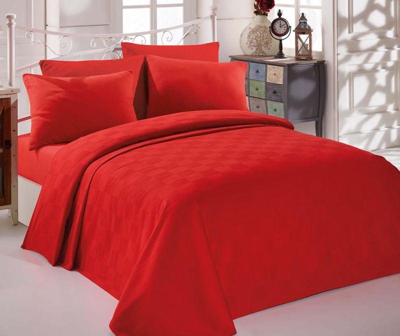 Prekrivač Pique Kare Red 200x234 cm