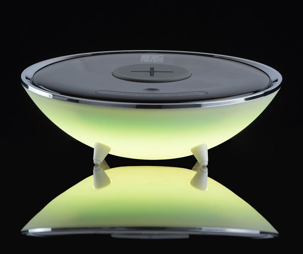 Bežična svjetiljka s punjačem za mobilni telefon Techno RGB